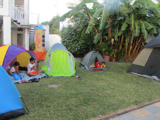 Campamento en el Colegio